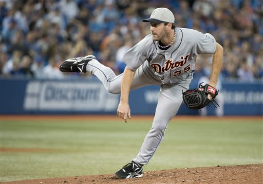 Detroit Tigers staring pitcher Justin Verlander works against the Toronto Blue Jays during seventh-inning AL baseball game action in Toronto, Thursday, July 4, 2013. (AP Photo/The Canadian Presss/Nathan Denette)