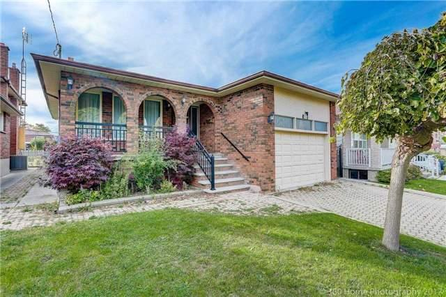 <p><span>76A Winter Ave., Toronto, Ont.</span><br> Location: Toronto, Ontario<br> List Price: $999,000<br> (Photo: Zoocasa) </p>