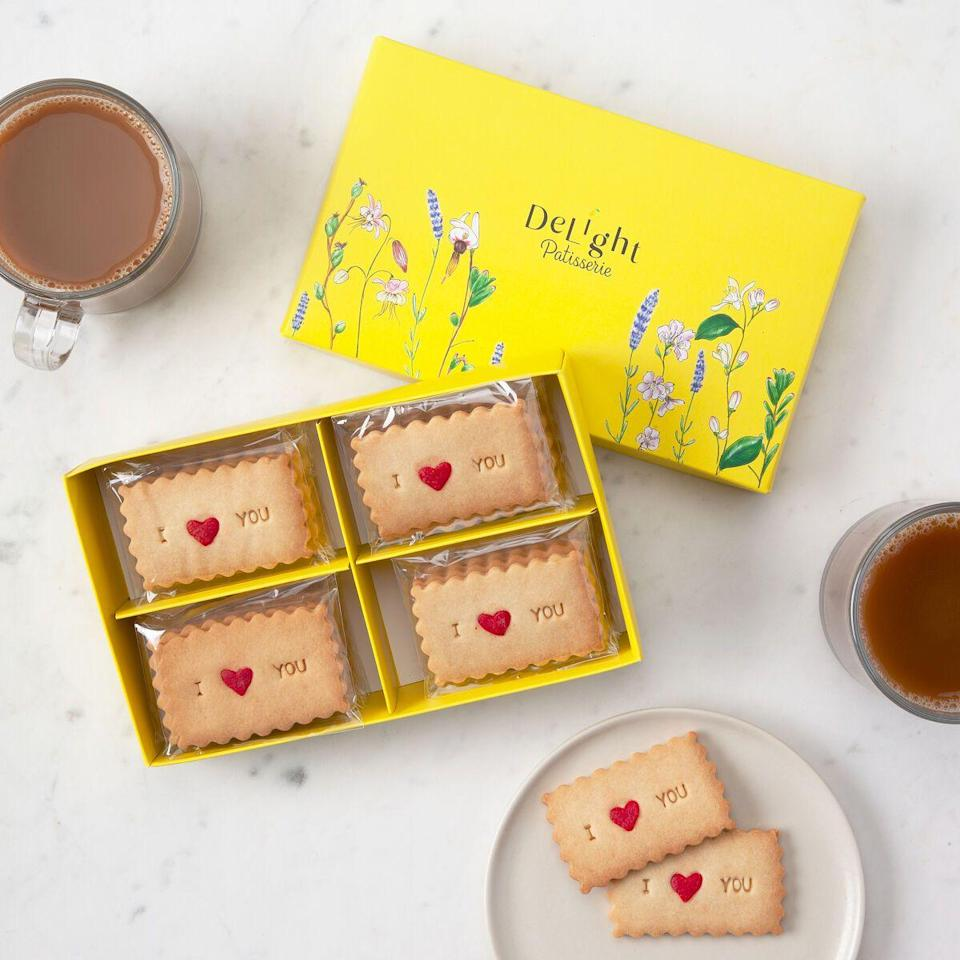 """<p><strong>Delight Patisserie</strong></p><p>uncommongoods.com</p><p><strong>$39.00</strong></p><p><a href=""""https://go.redirectingat.com?id=74968X1596630&url=https%3A%2F%2Fwww.uncommongoods.com%2Fproduct%2Flove-message-shortbread-cookies&sref=https%3A%2F%2Fwww.countryliving.com%2Fshopping%2Fgifts%2Fg2077%2Fchristmas-presents%2F"""" rel=""""nofollow noopener"""" target=""""_blank"""" data-ylk=""""slk:Shop Now"""" class=""""link rapid-noclick-resp"""">Shop Now</a></p><p>When in doubt, say it with a cookie! </p>"""