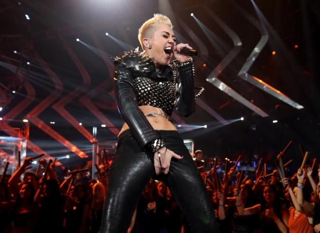 Miley Cyrus performs onstage during 'VH1 Divas' 2012 at The Shrine Auditorium on December 16, 2012 in Los Angeles -- Getty Premium