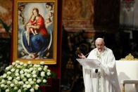 Pope Francis celebrates Holy Mass for the community of the faithful of Myanmar resident in Rome