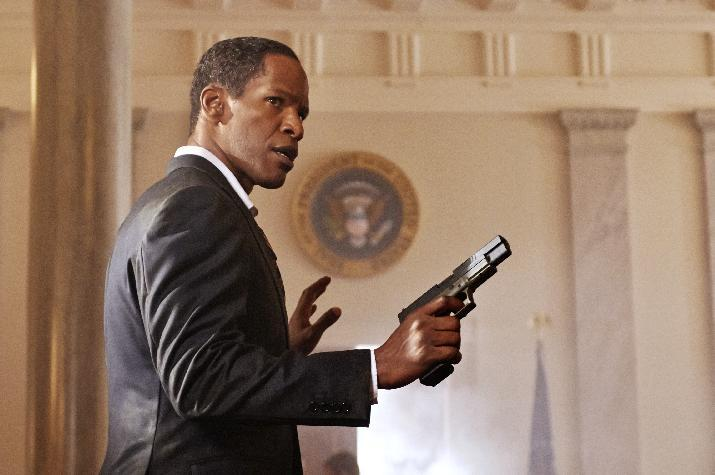 """This film publicity image released by Columbia Pictures shows Jamie Foxx in a scene from """"White House Down."""" (AP Photo/Sony Columbia Pictures, Reiner Bajo)"""