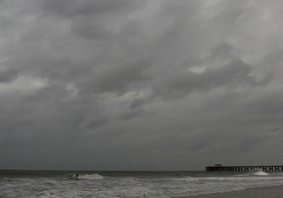 Hurricane Sandy as viewed from Pawleys Island, S.C., Oct. 27, 2012. (Photo: Steve Jessmore/Myrtle Beach Sun-News/MCT via Getty Images)