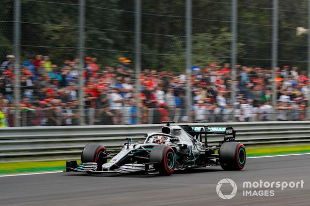 "lLewis Hamilton, Mercedes AMG F1 W10 <span class=""copyright"">Steven Tee / LAT Images</span>"