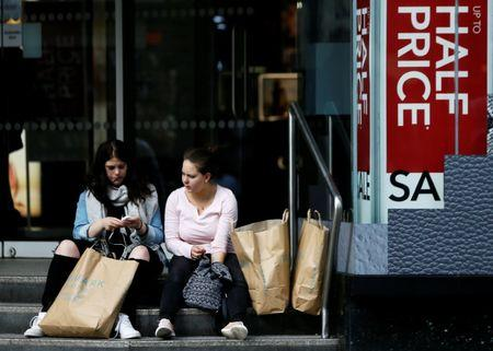 Retail sales and employment both tumble