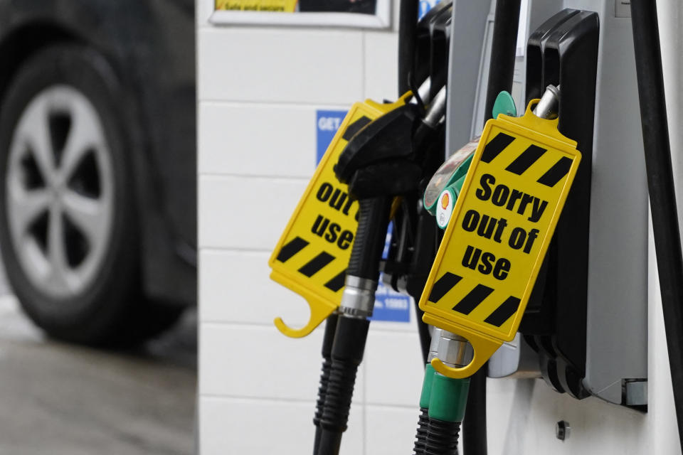 'Out of Use' signs are displayed on the fuel pumps at a filling station in Baker Street, central London, on October 2, 2021. - Troops are expected to be deployeed within days to help ease the crisis, with Prime Minister Boris Johnson insisting this week that the situation was returning to normal. (Photo by Niklas HALLE'N / AFP) (Photo by NIKLAS HALLE'N/AFP via Getty Images)