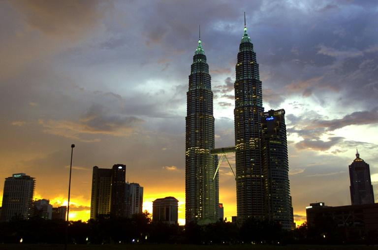 Pelli designed the 452-metre high Petronas Towers in Kuala Lumpur, the world's tallest building when it was completed in 1998