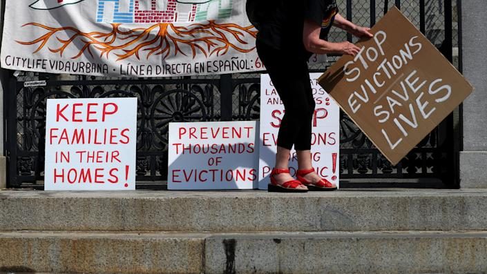 Signs for no evictions