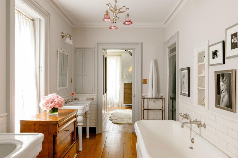 Pocket doors and pink accents in Liv Tyler's New York townhouse.