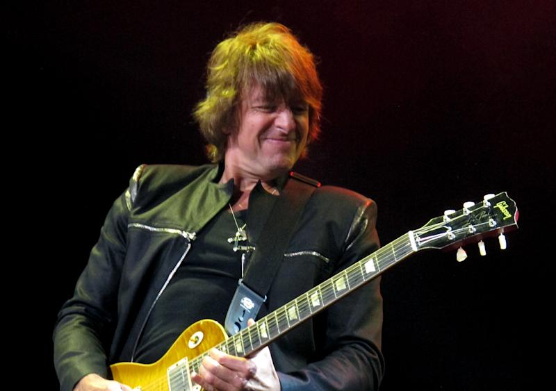 Richie Sambora to miss part of Bon Jovi tour