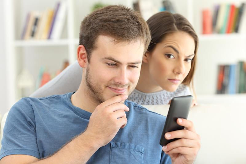 Man dating on line and girlfriend spying
