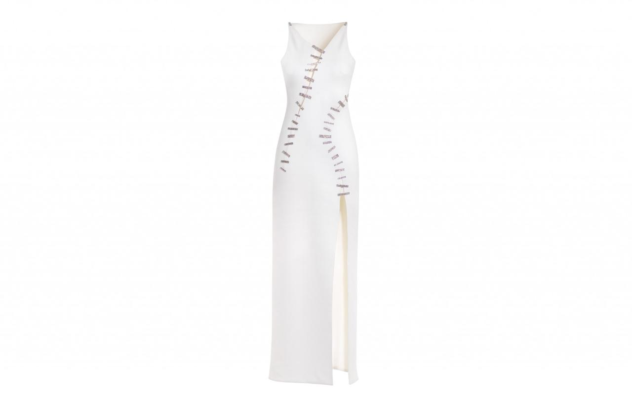 "<p><a rel=""nofollow"" href=""http://frontrow.uk.com/clothing/versace-637"">£410 for 5 days</a><br />RRP £4000 </p>"