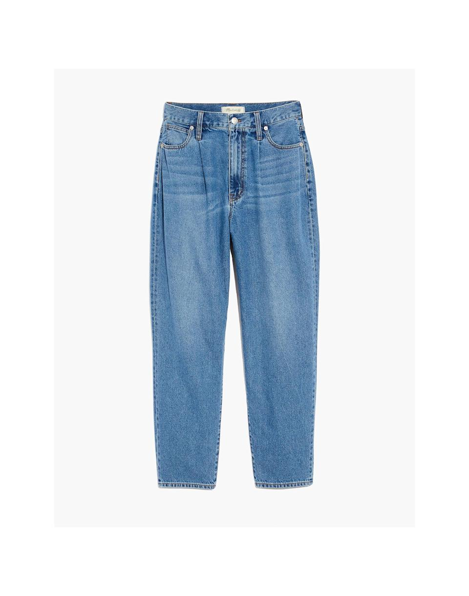 <p><span>Madewell Baggy Tapered Jeans in Jewell Wash</span> ($118) </p>