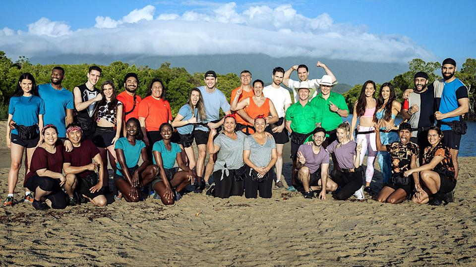 The Amazing Race Australia 2021 contestants pose together for a group photo on a beach