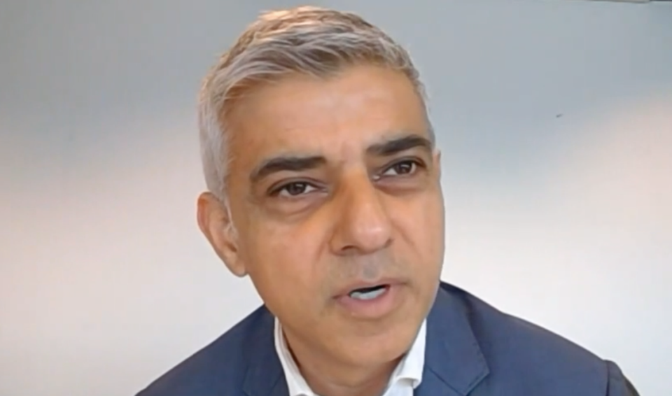 Sadiq Khan told the LBC phone-in 'I think even this government is not that pig-headed' to not agree a deal with the EU. (LBC)