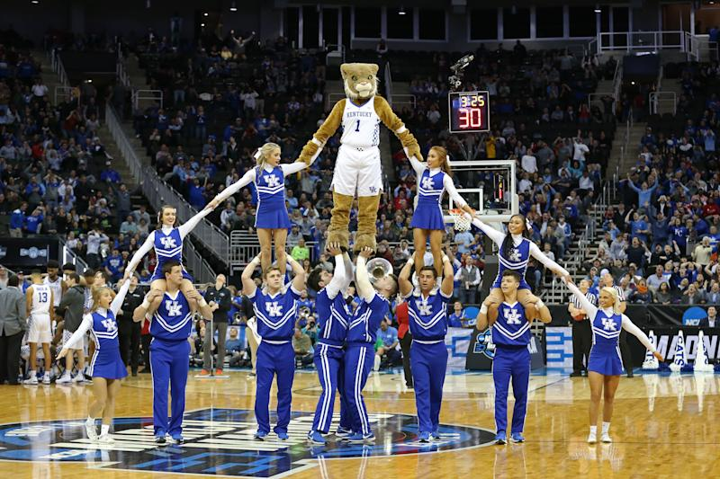 KANSAS CITY, MO - MARCH 29: The Kentucky Wildcats mascot and cheerleaders form a large pyramid during a timeout in the second half of an NCAA Midwest Regional Sweet Sixteen game between the Houston Cougars and Kentucky Wildcats on March 29, 2019 at Sprint Center in Kansas City, MO. (Photo by Scott Winters/Icon Sportswire via Getty Images)