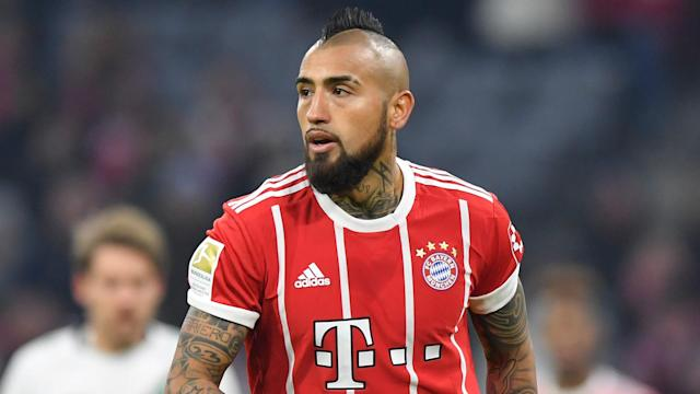 Bayern Munich could be without Arturo Vidal for the decisive weeks of the season, with the midfielder needing a small operation on his knee.