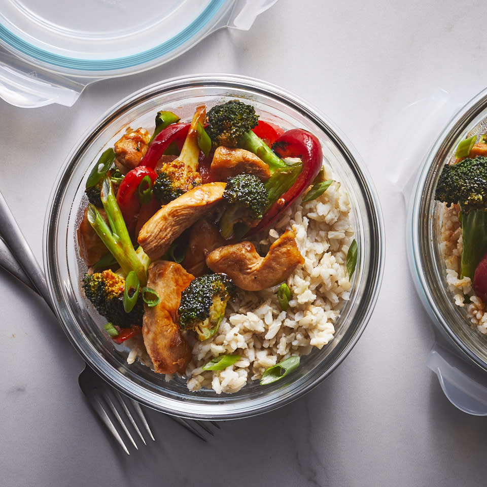 "<p>This 20-minute meal delivers a faster, lighter and more flavorful takeout alternative. It's chock-full of fresh, crispy veggies and juicy chicken pieces, and it reheats well for meal-prep lunches. If you like heat, sub Sriracha for some of the ketchup. <a href=""http://www.eatingwell.com/recipe/269839/sweet-sour-chicken/"" rel=""nofollow noopener"" target=""_blank"" data-ylk=""slk:View recipe"" class=""link rapid-noclick-resp""> View recipe </a></p>"