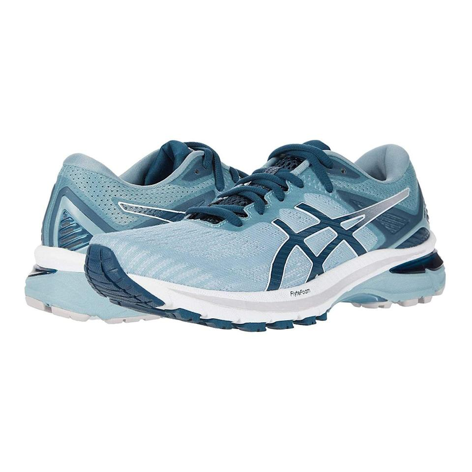 "<p><strong>ASICS</strong></p><p>zappos.com</p><p><strong>$119.95</strong></p><p><a href=""https://go.redirectingat.com?id=74968X1596630&url=https%3A%2F%2Fwww.zappos.com%2Fp%2Fasics-gt-2000-9%2Fproduct%2F9434351&sref=https%3A%2F%2Fwww.prevention.com%2Ffitness%2Fworkout-clothes-gear%2Fg19791835%2Fbest-hiking-shoes-for-women%2F"" rel=""nofollow noopener"" target=""_blank"" data-ylk=""slk:Shop Now"" class=""link rapid-noclick-resp"">Shop Now</a></p><p>Although these top-rated Asics kicks are categorized as running shoes, Dr. Friedman recommends this lightweight option for women who need <strong>breathable support for long-distance hikes</strong>. The rear and front footbeds are fitted with flexible gel cushioning to absorb shock as you move, and the high abrasion rubber grips the terrain to keep you steady no matter where your journey takes you. </p>"