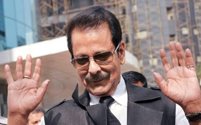Non-bailable warrant against Subrata Roy cancelled after he appears in court