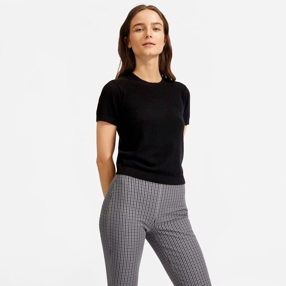"""<br><br><strong>Everlane</strong> The Cashmere Sweater Tee - Black, $, available at <a href=""""https://go.skimresources.com/?id=30283X879131&url=https%3A%2F%2Fwww.everlane.com%2Fproducts%2Fwomens-cashmere-tee-black"""" rel=""""nofollow noopener"""" target=""""_blank"""" data-ylk=""""slk:Everlane"""" class=""""link rapid-noclick-resp"""">Everlane</a>"""