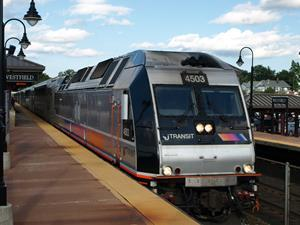 Eco-friendly ALP-45 dual-power locomotive for New Jersey Transit Corporation