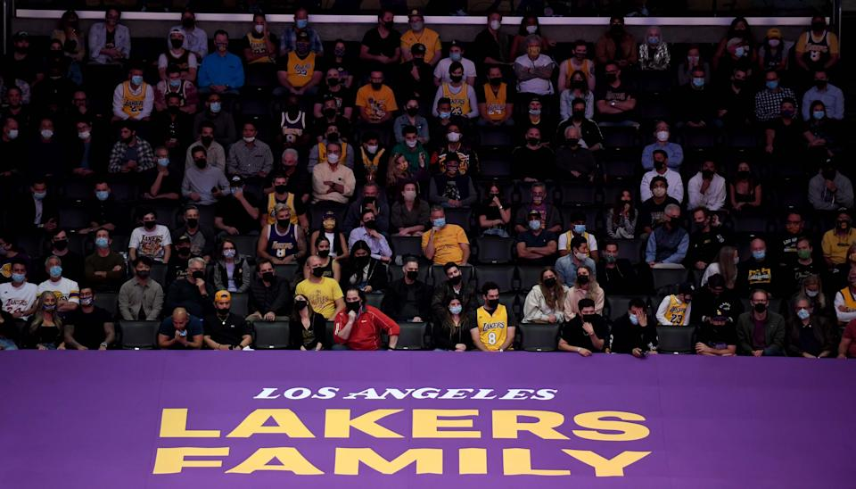 Basketball fans fill Staples Center for the Los Angeles Lakers' first home playoff game this season on May 27, 2021. (Keith Birmingham/MediaNews Group/Pasadena Star-News via Getty Images)
