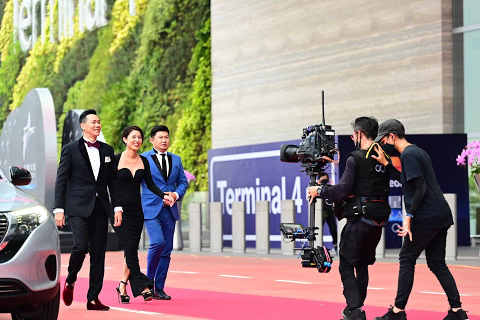 Brandon Wong, Lina Ng and Chen Tian Wen at Star Awards held at Changi Airport on 18 April 2021. (Photo: Mediacorp)