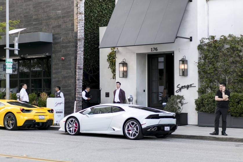 BEVERLY HILLS, CALIFORNIA - June 19, 2019: Spago's exterior on Wednesday, June 19, 2019, at the Wolfgang Puck's flagship restaurant in Beverly Hills. (Silvia Razgova / For The Times) 3082776_la-fo-spago-review-escarcega-addison