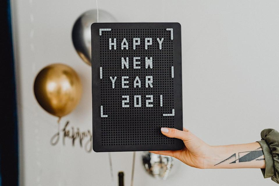 """<p> Letterboards are all the rage, so why not use one as your Zoom wallpaper? </p> <p> <a href=""""http://media1.popsugar-assets.com/files/2020/12/23/754/n/1922507/6f1e88bcfc55bcd4_pexels-karolina-grabowska-5716456/i/Download-this-Zoom-background-image-here.jpg"""" class=""""link rapid-noclick-resp"""" rel=""""nofollow noopener"""" target=""""_blank"""" data-ylk=""""slk:Download this Zoom background image here."""">Download this Zoom background image here.</a> </p>"""