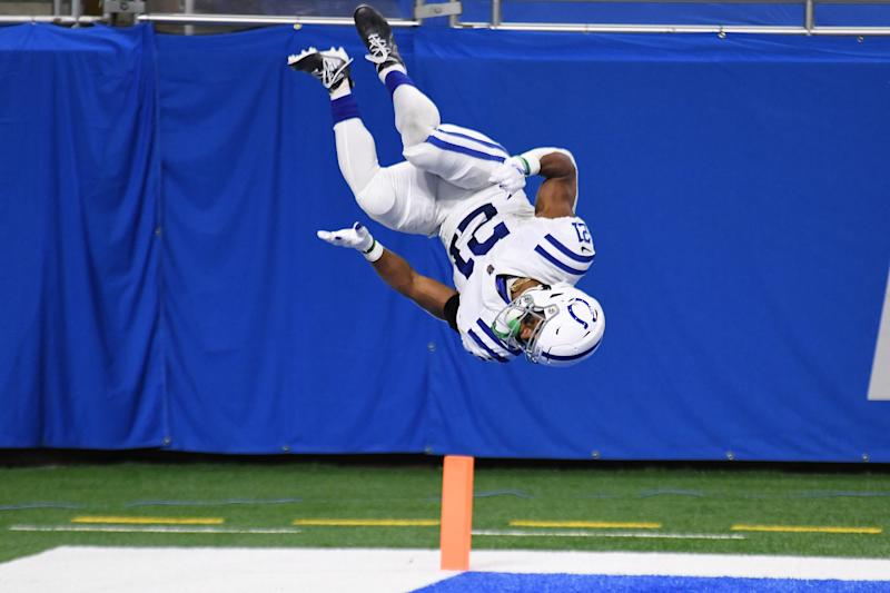 Nyheim Hines impresses with crazy front flip celebration
