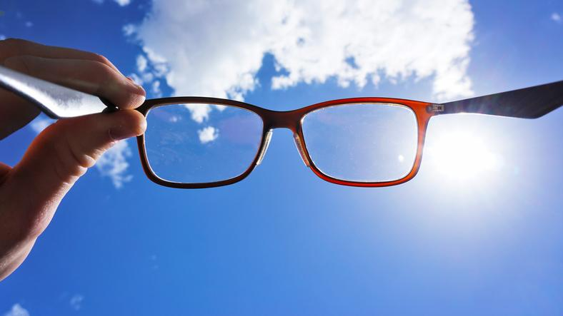 Find cheap glasses without the hassle (Photo: Getty)