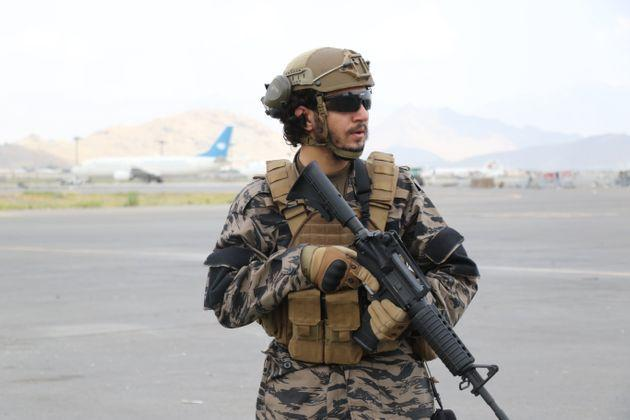 <strong>Taliban take control of Hamid Karzai International Airport after the completion of the US withdrawal from Afghanistan.</strong> (Photo: Anadolu Agency via Getty Images)