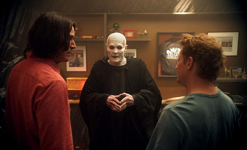 William Sadler addresses Keanu Reeves and Alex Winter in Bill & Ted Face The Music (United Artists Releasing)