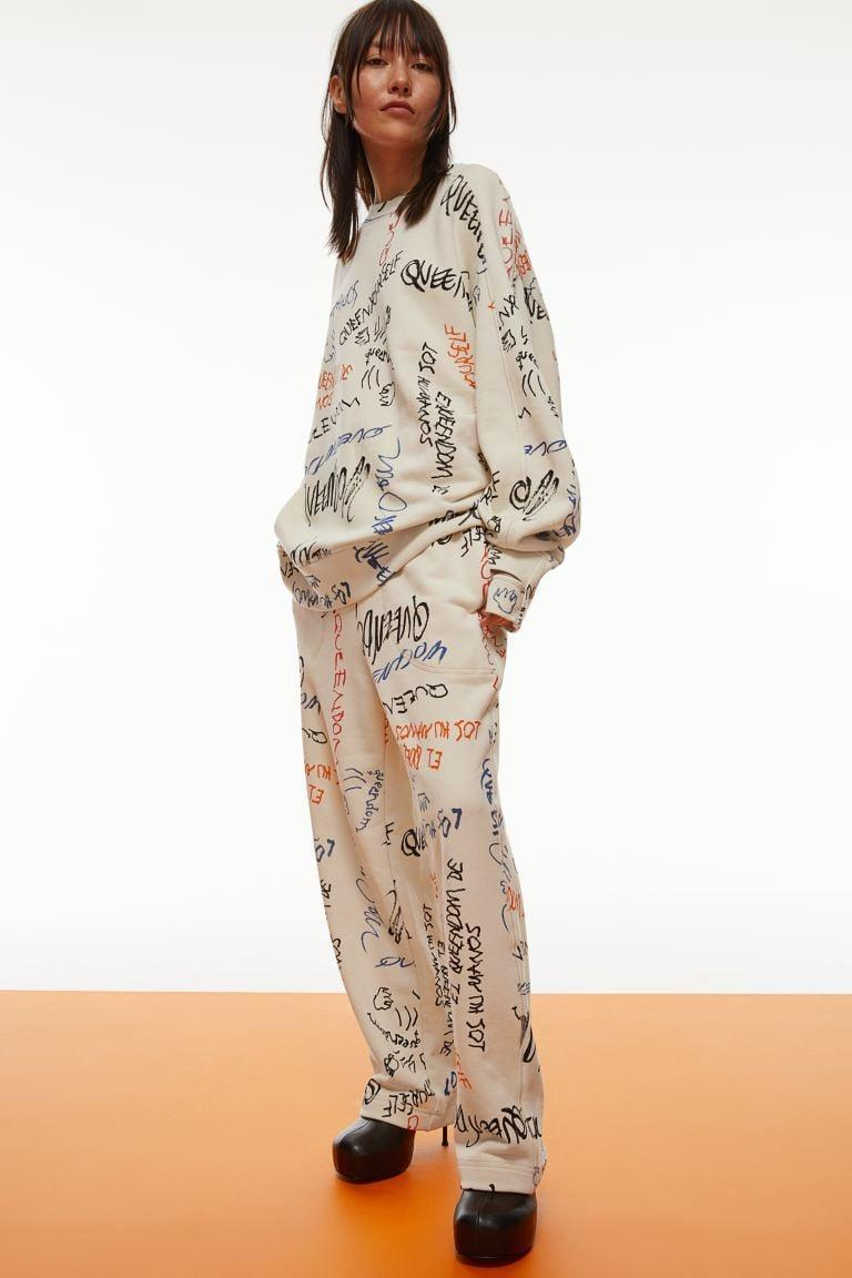<p>This <span>H&amp;M Wide-leg Printed Joggers</span> ($60) and <span>H&amp;M Oversized Sweatshirt</span> ($60) is cozy and comfortable. It's a statement in and of itself, and it can be dressed up or down.</p>
