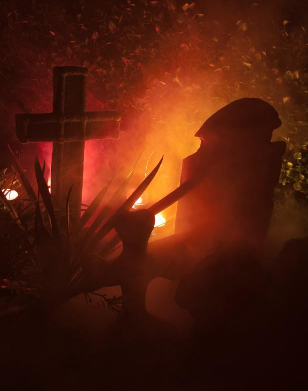 World-Famous Haunted House Experts' 15 Tips for a ...