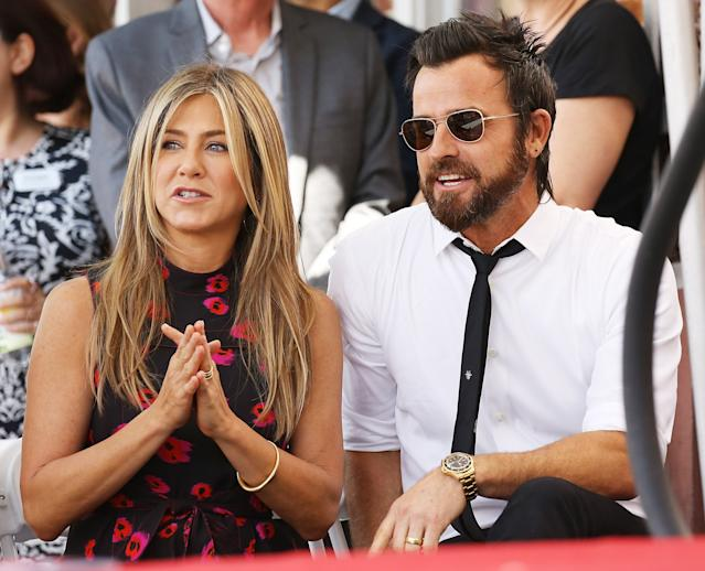 Jennifer Aniston and Justin Theroux attend the ceremony honouring Jason Bateman with a Star on The Hollywood Walk of Fame held on July 26, 2017. (Michael Tran/FilmMagic)