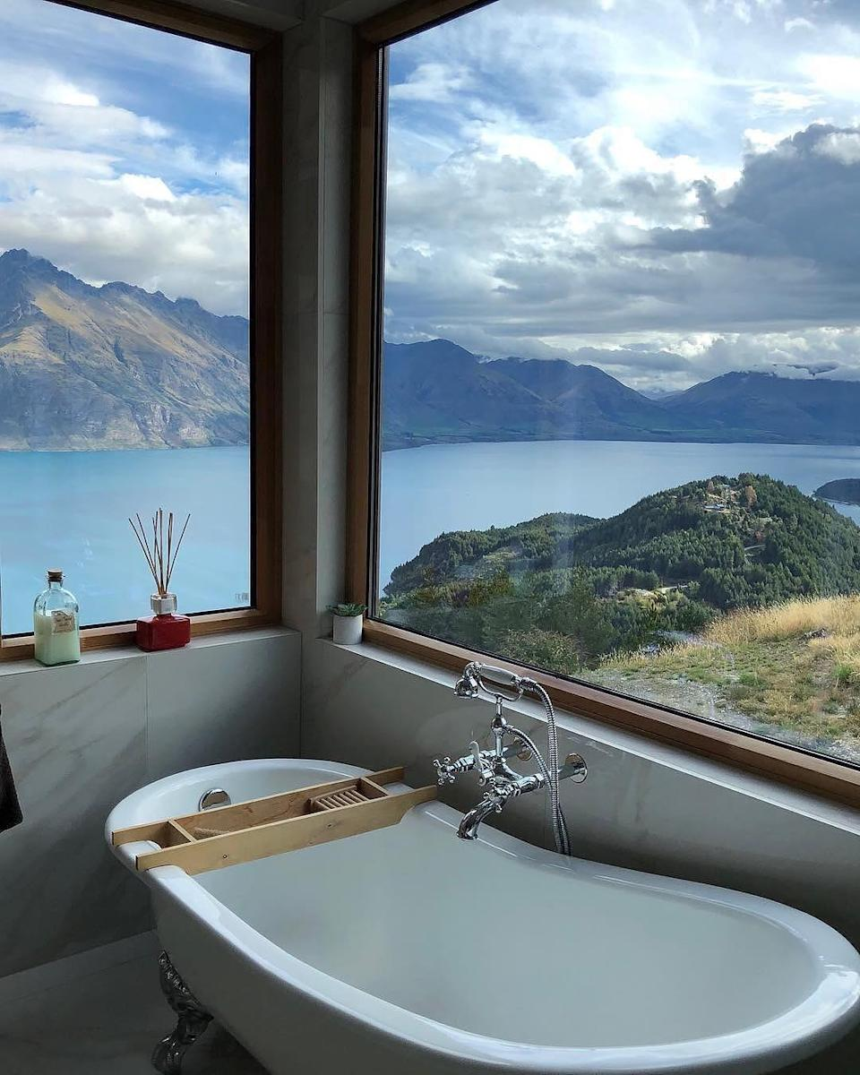 <p>The most liked photo garnered almost 110,000 likes and we're not surprised. Who wouldn't love a hot soak in the tub with New Zealand's famous Lake Wakatipu as the backdrop? <em>[Photo: Airbnb] </em> </p>