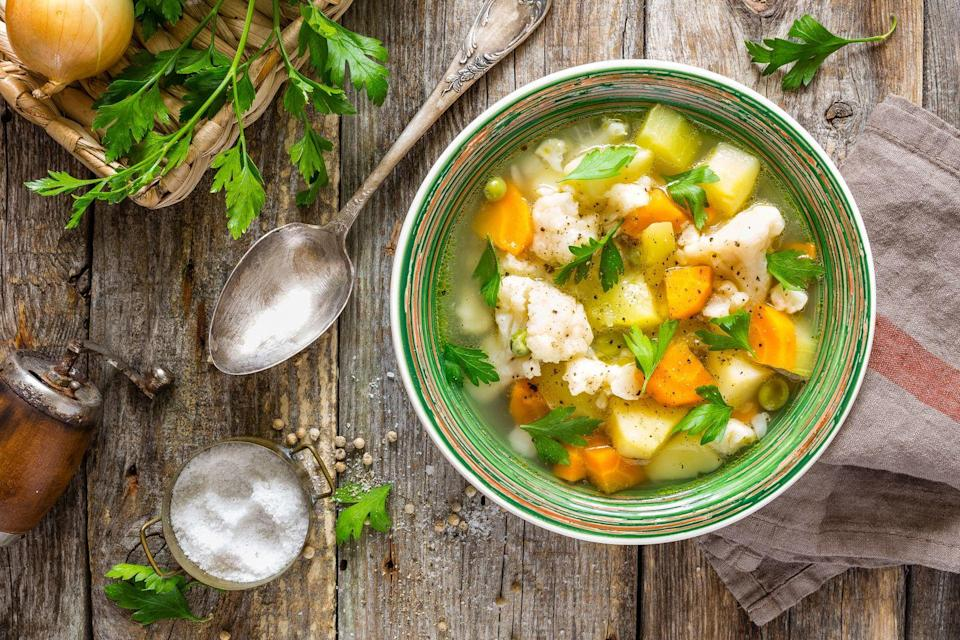 "<p>Heat up 1 cup <a href=""https://www.amazon.com/Amys-Light-Sodium-Organic-Soups/dp/B000WCZN9Y?tag=syn-yahoo-20&ascsubtag=%5Bartid%7C10055.g.4351%5Bsrc%7Cyahoo-us"" rel=""nofollow noopener"" target=""_blank"" data-ylk=""slk:vegetarian vegetable soup"" class=""link rapid-noclick-resp"">vegetarian vegetable soup</a> and serve with 1 veggie burger in a 100% whole-grain toast, <a href=""https://www.amazon.com/Arnold-Select-Sandwich-Thins-Multi-Grain/dp/B07N1Z5F8R"" rel=""nofollow noopener"" target=""_blank"" data-ylk=""slk:sandwich thin"" class=""link rapid-noclick-resp"">sandwich thin</a>, or <a href=""https://www.amazon.com/Thomas-Light-Multi-Grain-English-Muffins/dp/B000R4JHZI/ref=sr_1_2?keywords=whole+grain+english+muffin&ppw=fresh&qid=1553704302&s=grocery&sr=1-2&tag=syn-yahoo-20&ascsubtag=%5Bartid%7C10055.g.4351%5Bsrc%7Cyahoo-us"" rel=""nofollow noopener"" target=""_blank"" data-ylk=""slk:English muffin"" class=""link rapid-noclick-resp"">English muffin </a>and 1 cup of grapes.</p>"