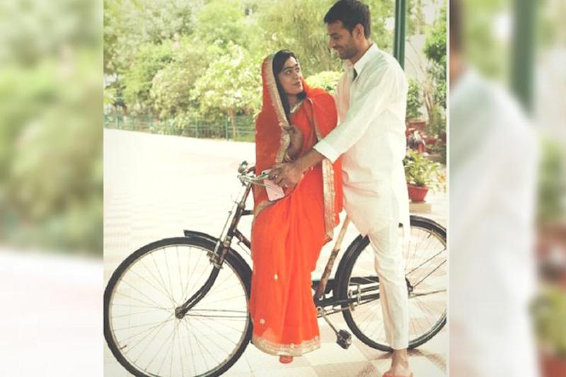 Tej Pratap to Meet Lalu in Ranchi Hospital Today as Family Tries to Save His Marriage to Aishwarya Rai