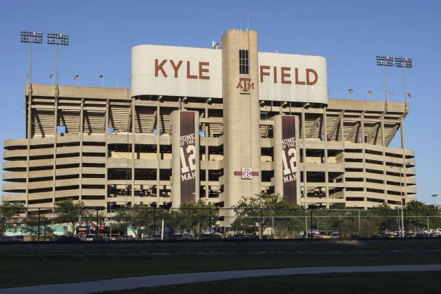 Texas A&M's renovated football complex is extremely impressive (Video/Photos)