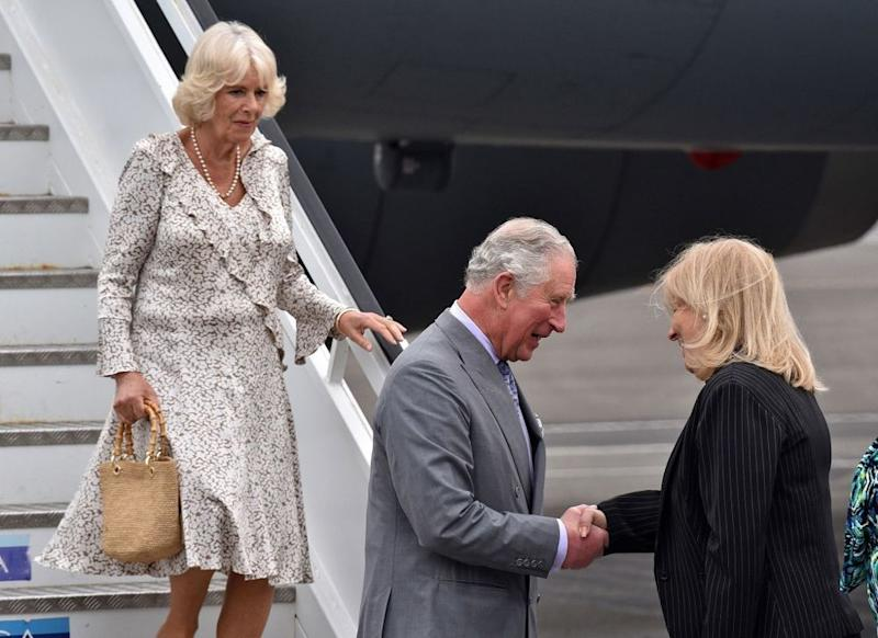 Camilla, Duchess of Cornwall, Prince Charles and Cuba's Deputy Minister of Foreign Affairs Ana Teresita | ADALBERTO ROQUE/AFP/Getty Images
