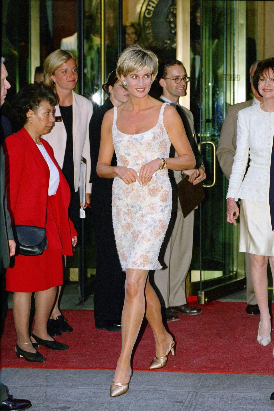 <p>In a white cocktail dress by Catherine Walker at an event in the United States.</p>