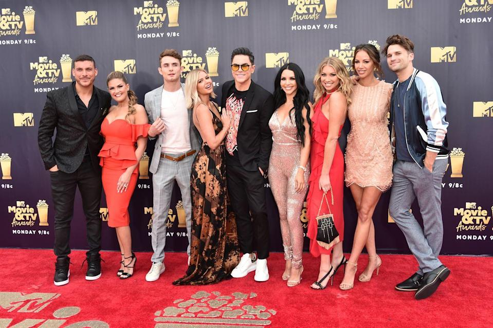 """<p>According to <a href=""""https://radaronline.com/exclusives/2018/04/vanderpump-rules-cast-salaries-revealed/"""" rel=""""nofollow noopener"""" target=""""_blank"""" data-ylk=""""slk:Radar Online"""" class=""""link rapid-noclick-resp"""">Radar Online</a>, in 2018, the lowest-earning cast member was Scheana Shay, who made $10,000 per episode (keep in mind that there are around 22 episodes per season). Her costar, Jax Taylor, was reportedly the top-earning OG cast member at <a href=""""https://www.womenshealthmag.com/life/a30416868/how-much-does-vanderpump-rules-cast-make/"""" rel=""""nofollow noopener"""" target=""""_blank"""" data-ylk=""""slk:$25,000 per episode"""" class=""""link rapid-noclick-resp"""">$25,000 per episode</a>. </p>"""