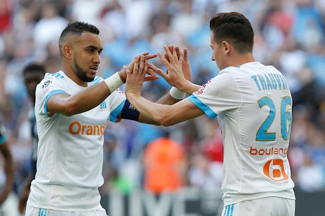 Soccer Football - Ligue 1 - Olympique de Marseille vs LOSC Lille - Orange Velodrome, Marseille, France - April 21, 2018 Marseille's Florian Thauvin celebrates scoring their second goal with Dimitri Payet REUTERS/Philippe Laurenson