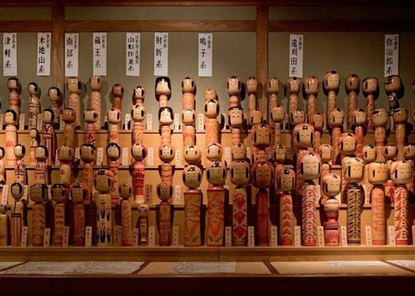 ▲ Kokeshi displayed from many different regions. Among the many displayed perhaps you can find one that reminds you of your childhood.