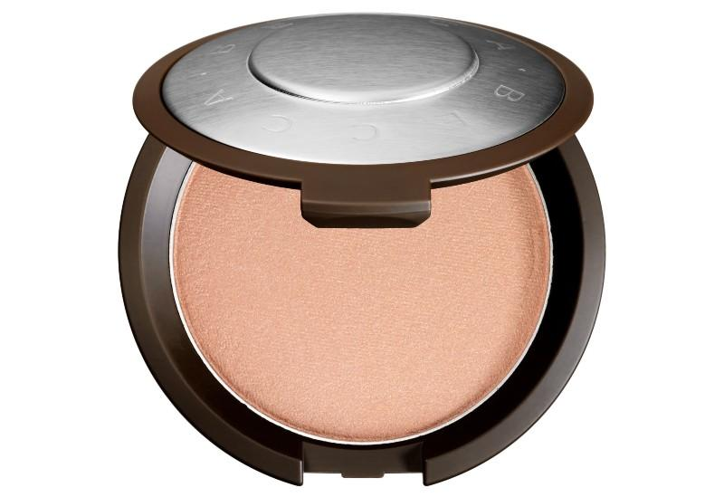 Shimmering Skin Perfector Pressed Highlighter by Becca (Photo: Sephora)