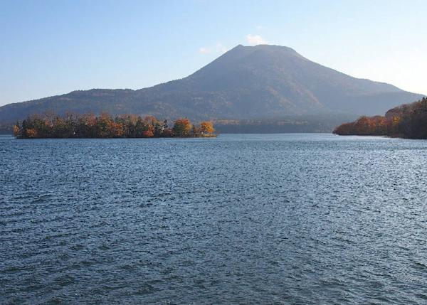 Lake Akan and Mount Oakan
