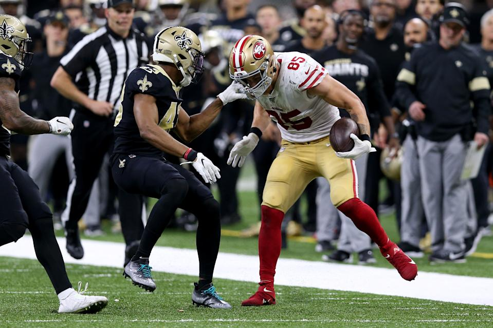 Dec 8, 2019; New Orleans, LA, USA; New Orleans Saints free safety Marcus Williams (43) grabs the facemark of San Francisco 49ers tight end George Kittle (85) in the second half at the Mercedes-Benz Superdome. Mandatory Credit: Chuck Cook-USA TODAY Sports