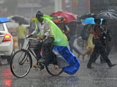 IMD predicts heavy rains over Rajasthan, UP, Andaman and Nicobar Islands; lightning likely over Jharkhand, West Bengal, Sikkim, Odisha